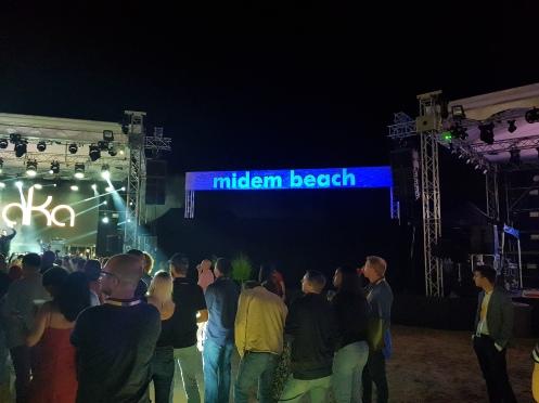 midem beach show2